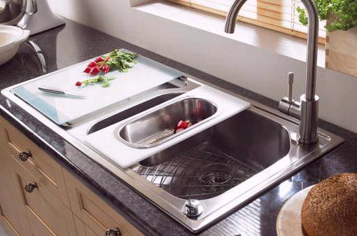 Example image of Astracast Sink Echo 1.0 bowl stainless steel kitchen sink with left hand drainer.